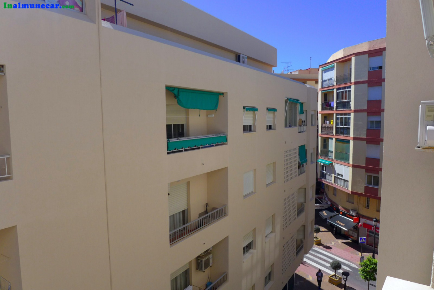 Fantastic renovated apartment in the center of Almuñecar